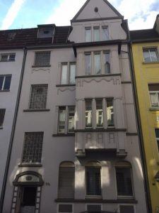 Te renoveren Mehrfamilienhaus