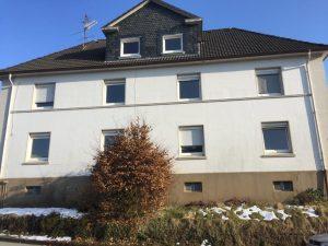 4 Mehrfamilienhäuser in een natuurlijke omgeving.